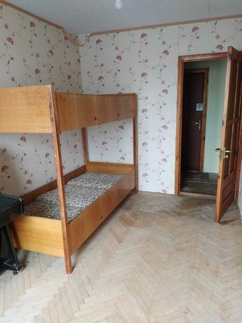 Продам двухярусную кровать в отличном состоянии.
