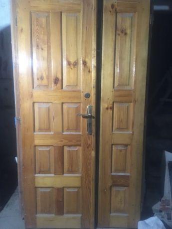 Деревяні двері(рама2150х1200+ полотно)