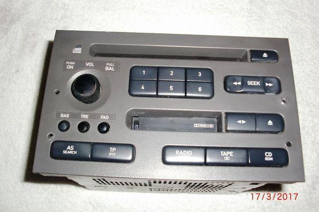 Rádio Pioneer para Saab