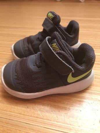 Красовки, кросівки , взуття