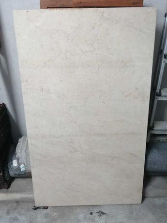 Pedra de mármore ofereço