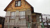 Компактная дача с коммуникациями и теплицей на участке, Хотяновка