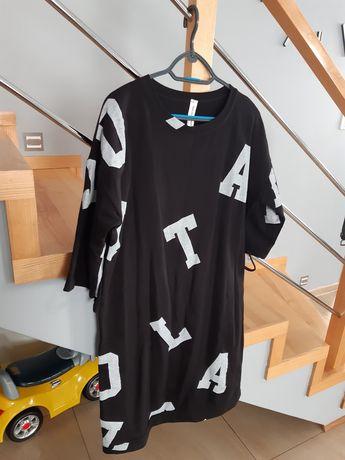 Sukienka dresowa w literki L