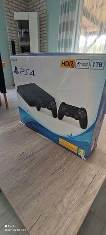 PlayStation4, 1tb, 2 pady