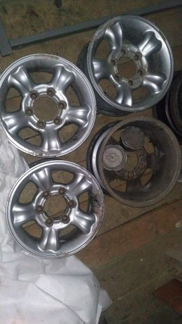 Felgi aluminiowe Nissan terrano II 6x139.7 15