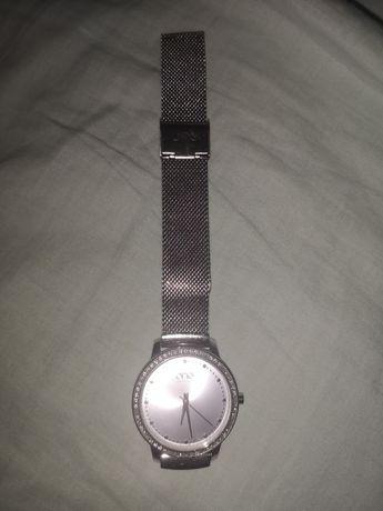 Relógio da One (edição limitada)