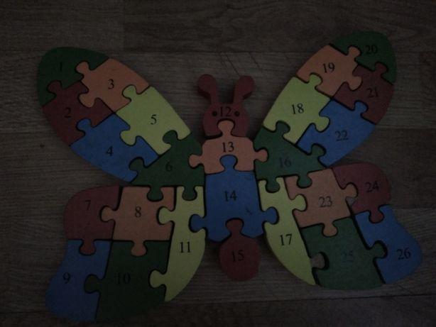Drewniane puzzle motylek