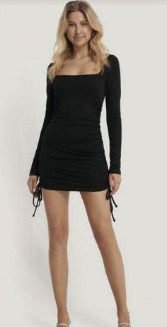 Платье мини чёрное