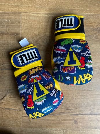 Фитнес Азробика бокс перчатки Aerovent TITLE