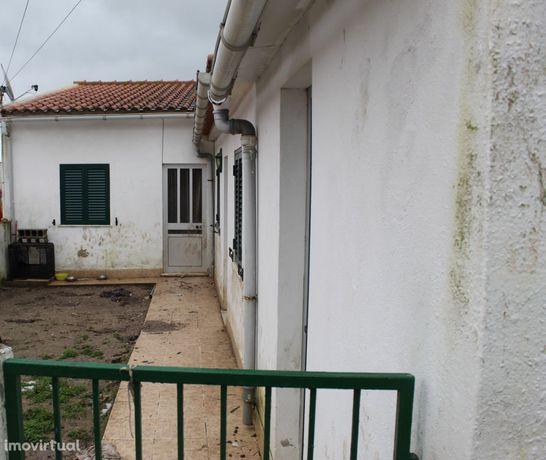 Moradia 2 Quartos , Abrigada e Cabanas de Torres