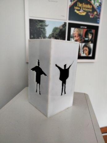 Beatles podpórka książek
