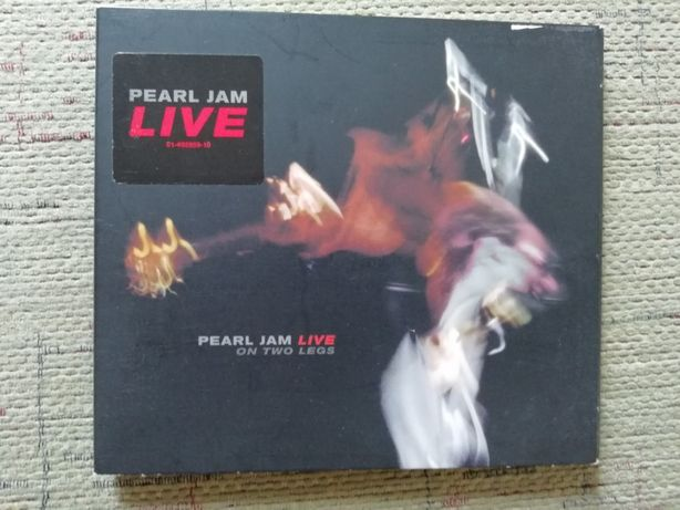 "Pearl Jam ""On two legs"" Live. CD."