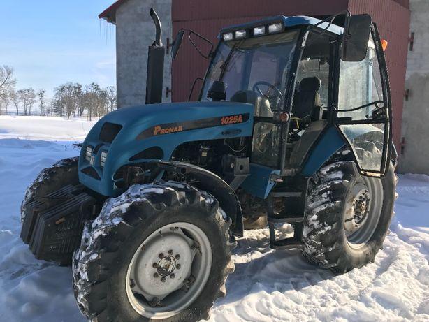 Ciągnik rolniczy Pronar 1025A