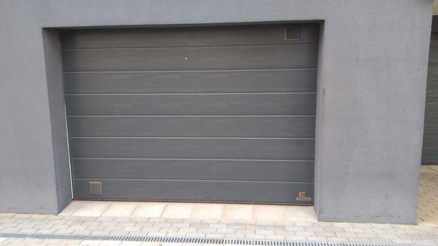 Garaż na sprzedaż na Hallera 4E