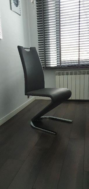 do sprzedania krzesła