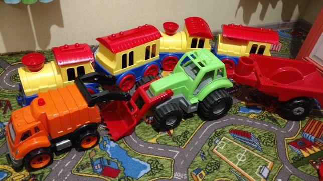 Продам лот игрушек,герои Ниндзя черепашки,пожарная часть,машинки,и т.д