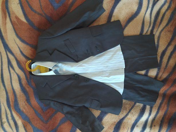 Классический костюм на 2 года