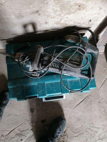 Wypożyczania sprzętu budowlanego, usługi brukarskie