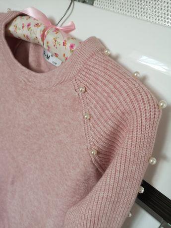 Nowy sweterek S/M pudrowo różowy z perełkami