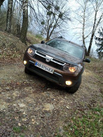 Dacia Duster продаж