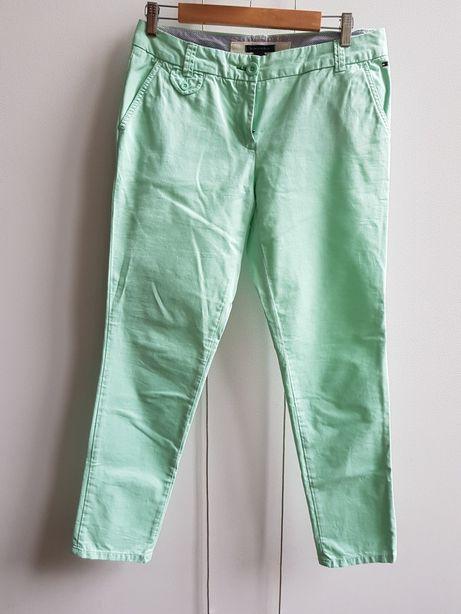 Nowe oryginalne mietowe spodnie Tommy Hilfiger