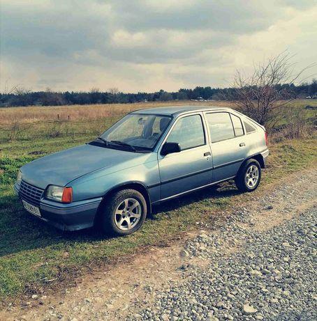 Продам Opel Kadett 1.3