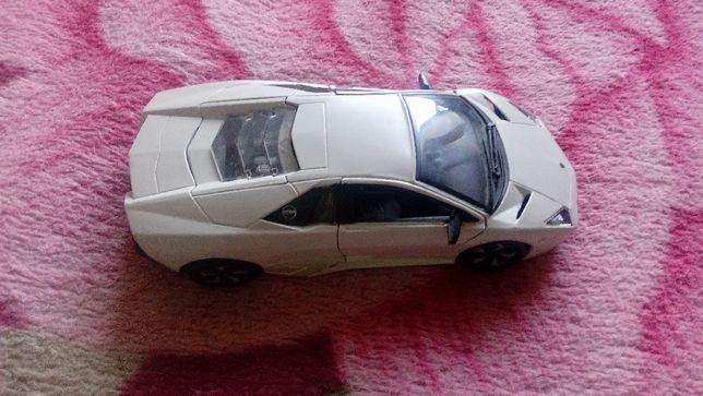 Автомодель Lamborghini Murcielago(белый).