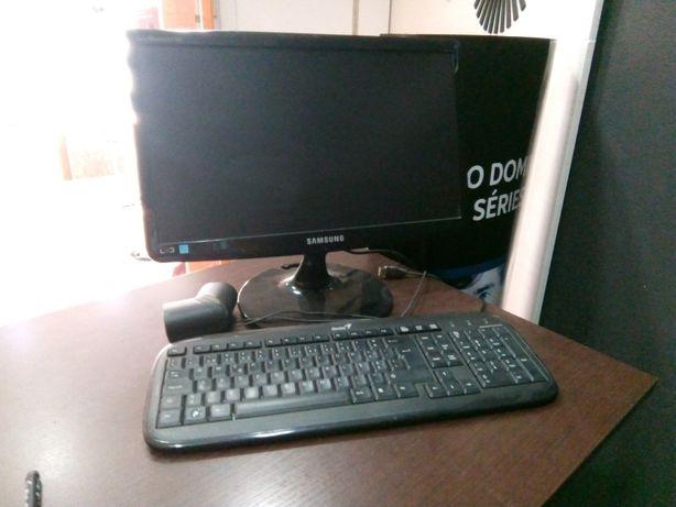 Computador portátil e Fixo- Aceitam-se propostas- 906STR