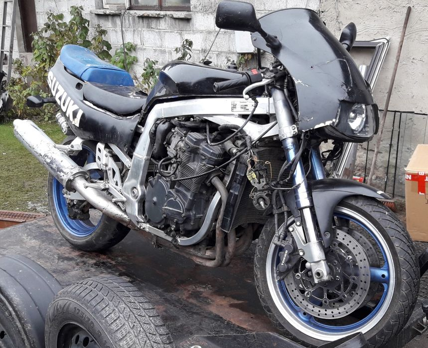 Suzuki gsxr 750w gsxr750w części Częstochowa - image 1