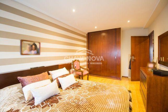 Apartamento T3 (transformado em T2) - Maia - MAI/01370