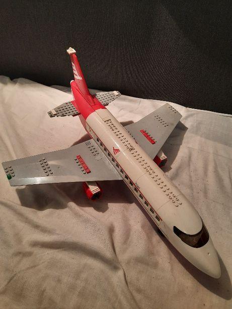 Duży samolot lego 3182
