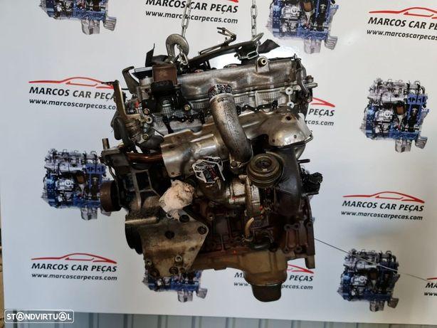 Motor Nissan navara 2006 tampa cinza REF. YD25