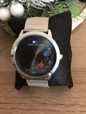 Zegarek TH z pudełkiem