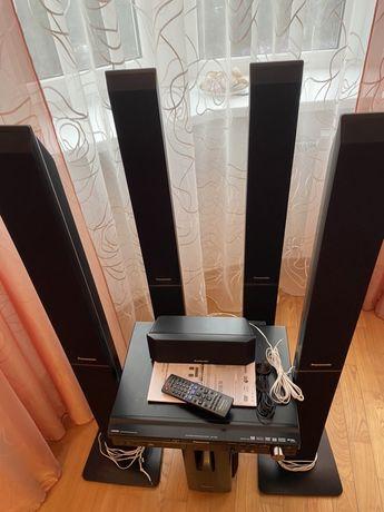 Домашний кинотеатр с системой караоке Panasonic SC-PT550