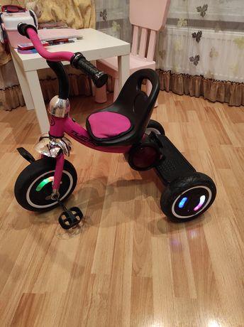 Велосипед дитячий трьохколісний