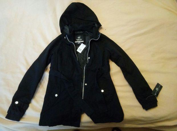 Куртка на девочку 10-12 лет с капюшоном демисезонная