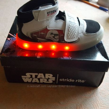 Новые кроссовки-сникерсы Stride Rite Star Wars,размер 32