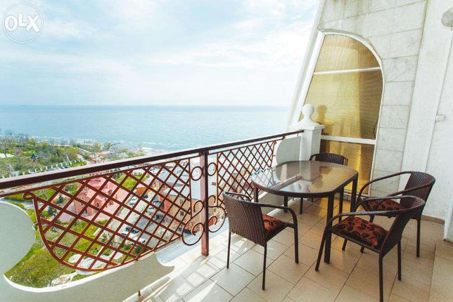 Апартаменты на 6чел с видом на море в Аркадийском Дворце(2мин до моря)