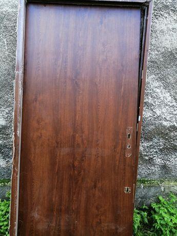 Drzwi zewnętrzne 90cmx200cm
