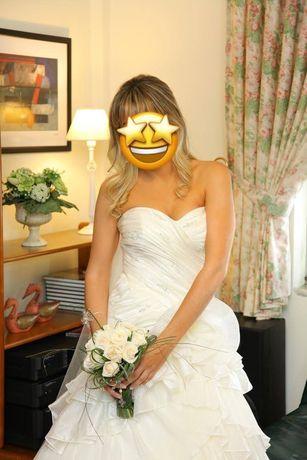 Vestido de noiva (usado uma vez) em excelente estado (emb vacuo)