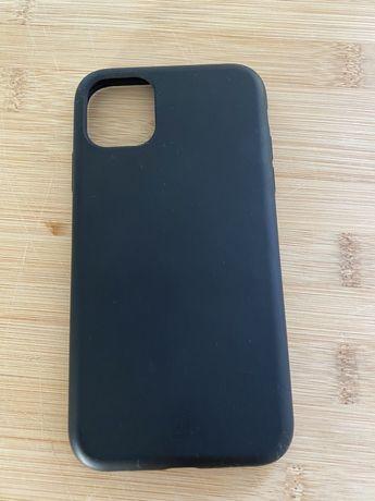 Capa iPhone 11 preta soft toutch