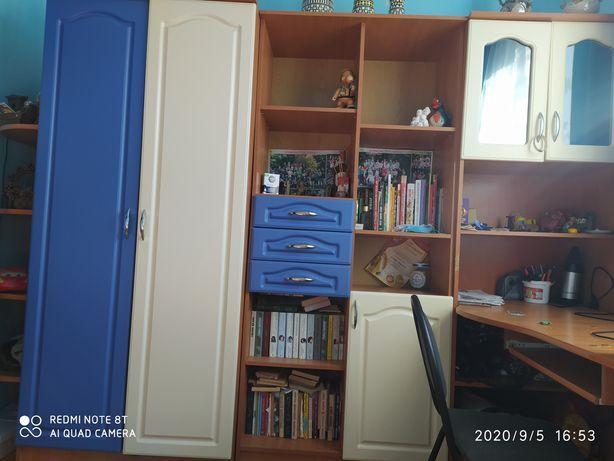 Стінка в дитячу кімнату