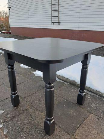 Śliczny odnowiony stół - kolor czarny mat - salon kuchnia pokój