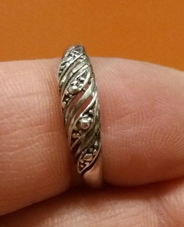 biżuteria Srebrny pierścionek