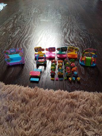 Moji pops, scena, figurki, plac zabaw