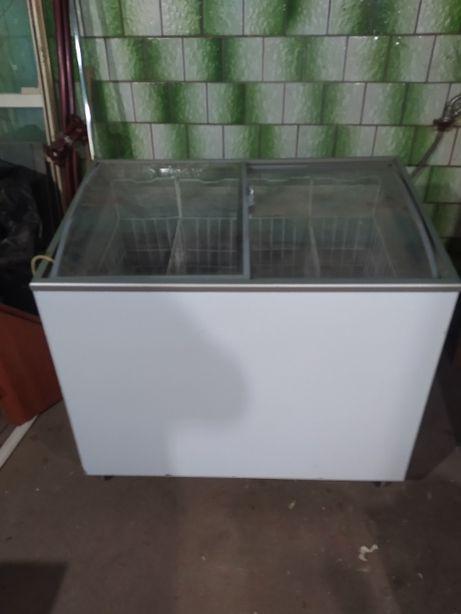 Холодильник под стекло
