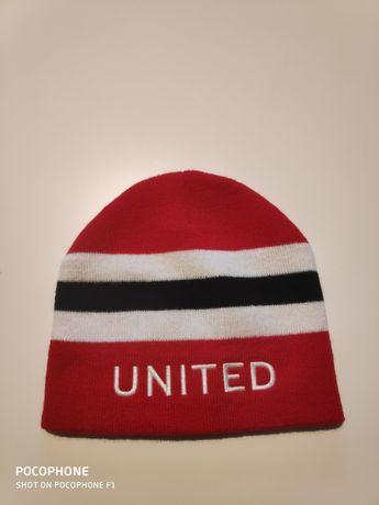 sprzedam czapkę UNITED