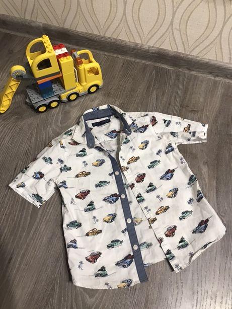 Рубашка next в машинках нарядная белая крутая футболка модная майка