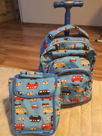 Plecak szkolny ze swiecącymi kółkami