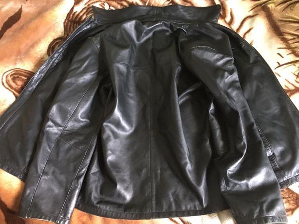 Продам шкіряну куртку кожанную куртка